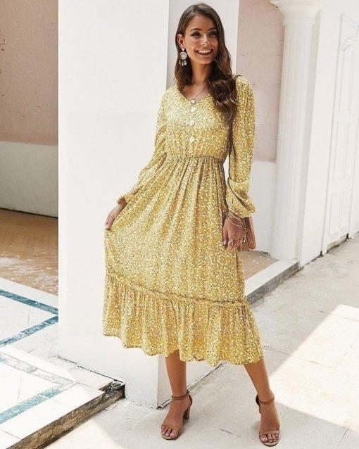 Gelbes Kleid im Hippie Chic